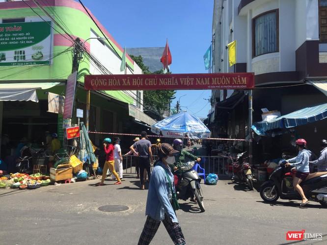 Đà Nẵng: Chợ An Hải Đông đã được dỡ rào chắn phong tỏa ảnh 2