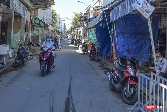 Đà Nẵng: Chợ An Hải Đông đã được dỡ rào chắn phong tỏa ảnh 12