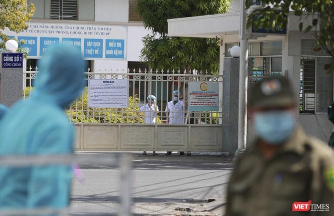 Ảnh: Tình người Đà Nẵng qua những chuyến hàng ủng hộ bác sĩ nơi tuyến đầu chống dịch ảnh 22