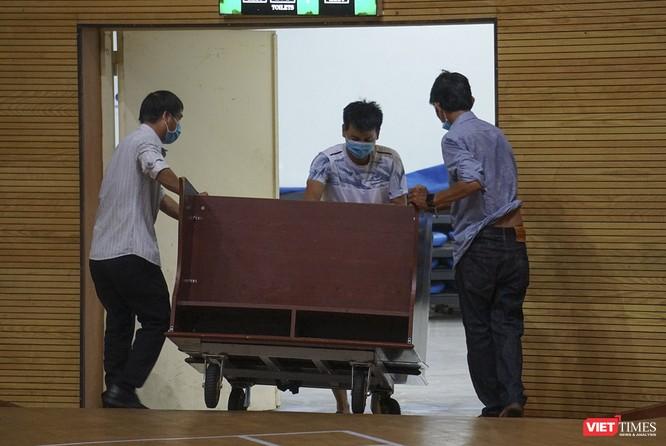 Đà Nẵng bắt đầu xây dựng bệnh viện dã chiến tại cung thể thao Tiên Sơn ảnh 14