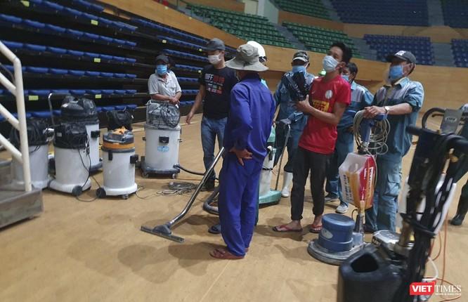 Đà Nẵng bắt đầu xây dựng bệnh viện dã chiến tại cung thể thao Tiên Sơn ảnh 18