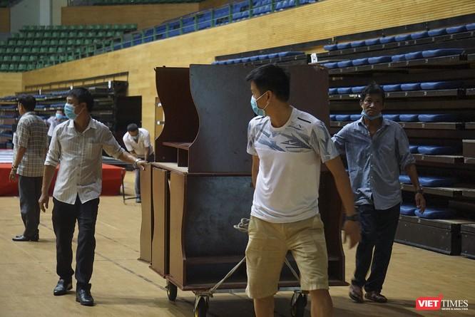 Đà Nẵng bắt đầu xây dựng bệnh viện dã chiến tại cung thể thao Tiên Sơn ảnh 12