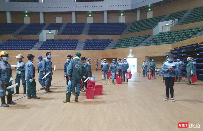 Đà Nẵng bắt đầu xây dựng bệnh viện dã chiến tại cung thể thao Tiên Sơn ảnh 20
