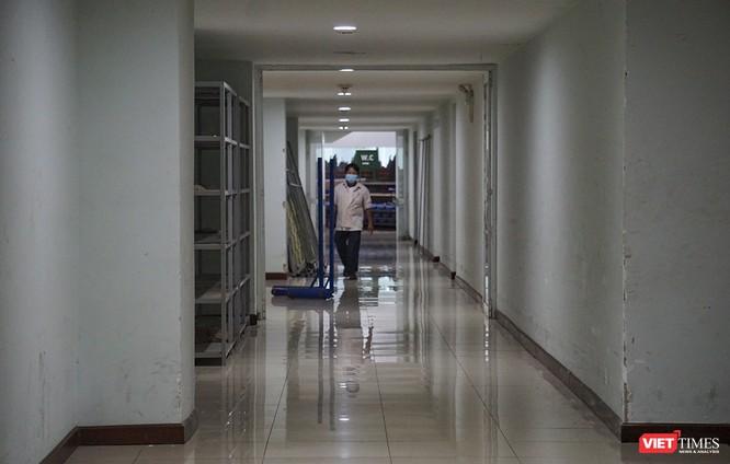 Đà Nẵng bắt đầu xây dựng bệnh viện dã chiến tại cung thể thao Tiên Sơn ảnh 15