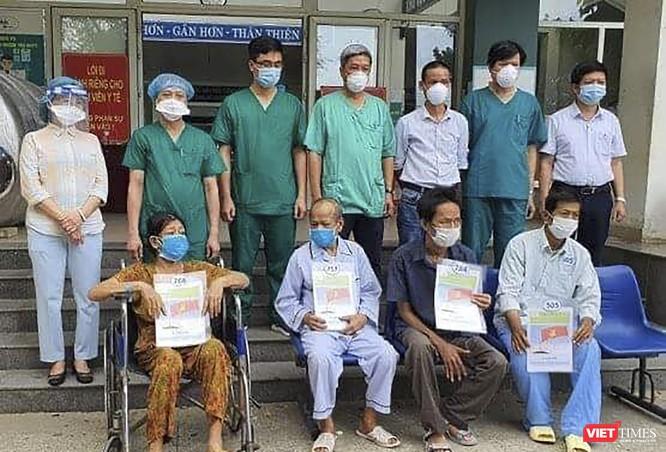 Đà Nẵng: Thêm 23 bệnh nhân mắc COVID-19 xuất viện ảnh 1