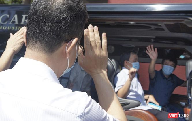 """""""Bác sĩ 91"""" và đoàn bác sĩ cuối cùng của Bệnh viện Chợ Rẫy rời Đà Nẵng ảnh 2"""