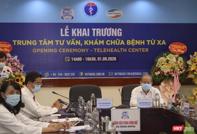 Bệnh viện Trung ương Huế đưa hệ thống tư vấn khám, chữa bệnh từ xa vào hoạt động ảnh 1