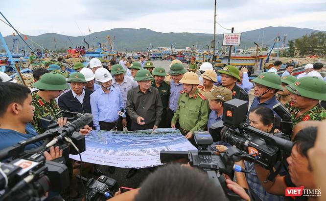 Từ Đà Nẵng, Bộ trưởng Nguyễn Xuân Cường lý giải sức mạnh khủng khiếp của siêu bão số 9 ảnh 2