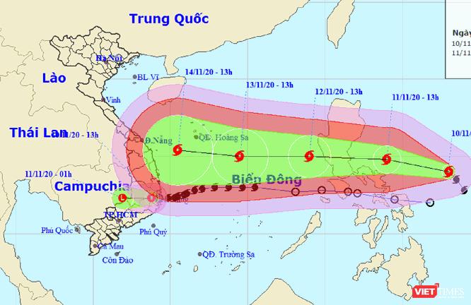 """Bão số 12 vừa suy yếu, miền Trung lại chuẩn bị đón """"siêu bão"""" mới ảnh 1"""