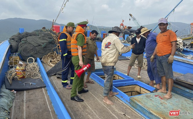 Ứng phó với bão số 13, Đà Nẵng sơ tán hơn 140 nghìn người ở các khu vực nguy hiểm ảnh 1