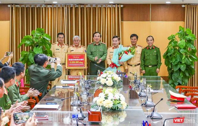 Giám đốc Công an Đà Nẵng thông tin về vụ lái xe chở người Trung Quốc nhập cảnh trái phép tự tử ảnh 1