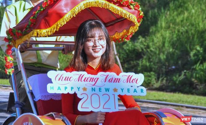 """Đà Nẵng: Diễu hành xích lô du lịch """"Chào Năm mới 2021"""" ảnh 2"""