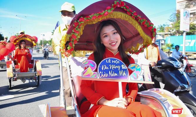 """Đà Nẵng: Diễu hành xích lô du lịch """"Chào Năm mới 2021"""" ảnh 5"""