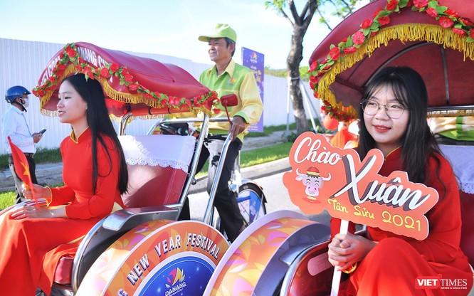 """Đà Nẵng: Diễu hành xích lô du lịch """"Chào Năm mới 2021"""" ảnh 6"""