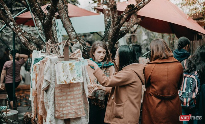 """Ảnh: Độc đáo """"phiên chợ handmade"""" giữa lòng Đà Nẵng ảnh 4"""