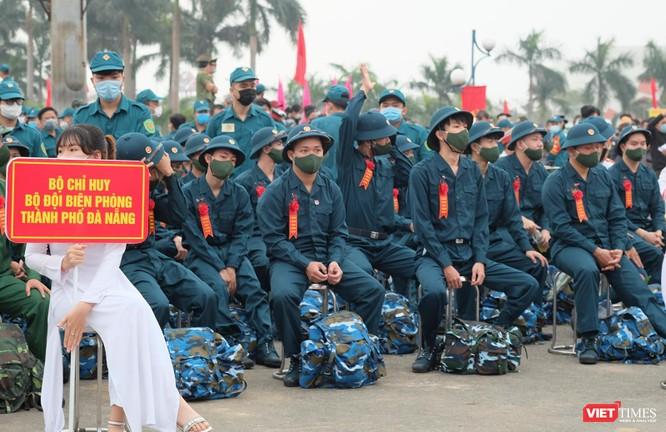 Ảnh: Hơn 1.200 tân binh ở Đà Nẵng lên đường nhập ngũ ảnh 2
