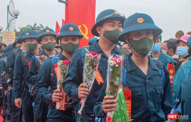 Ảnh: Hơn 1.200 tân binh ở Đà Nẵng lên đường nhập ngũ ảnh 9