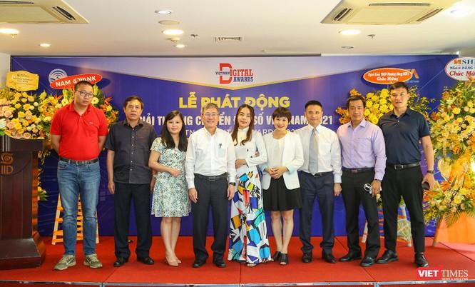 Chùm ảnh Lễ phát động Giải thưởng Chuyển đổi số Việt Nam năm 2021 tại Đà Nẵng ảnh 36