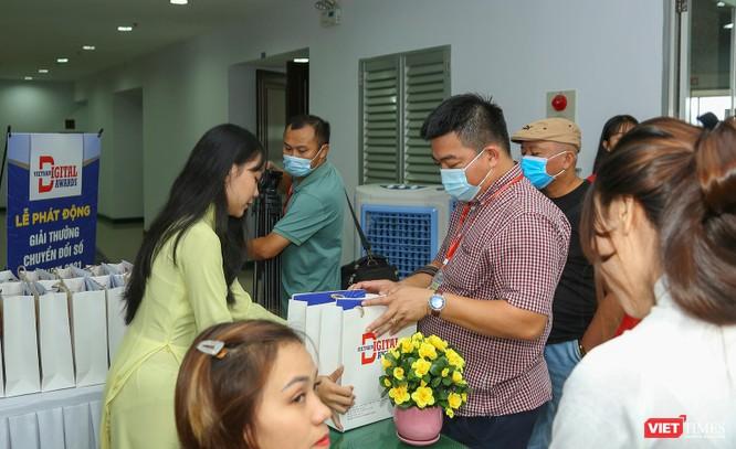 Chùm ảnh Lễ phát động Giải thưởng Chuyển đổi số Việt Nam năm 2021 tại Đà Nẵng ảnh 2