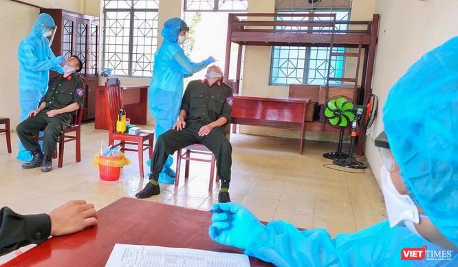 Chủ tịch nước Nguyễn Xuân Phúc: Đà Nẵng cần sẵn sàng các phương án để bao vây, dập dịch COVID-19 ảnh 2