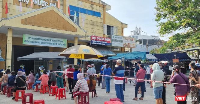 Nữ nhân viên mát-xa mắc COVID-19, Đà Nẵng xét nghiệm gần 500 tiểu thương chợ Phước Mỹ ảnh 1