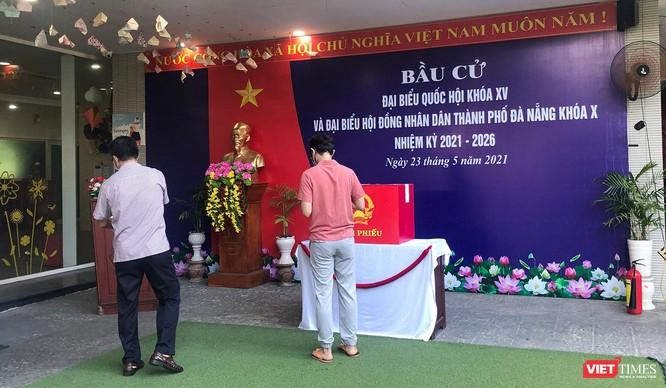 Ảnh: Cử tri toàn TP Đà Nẵng đi bầu cử đại biểu Quốc hội và HĐND TP ảnh 13