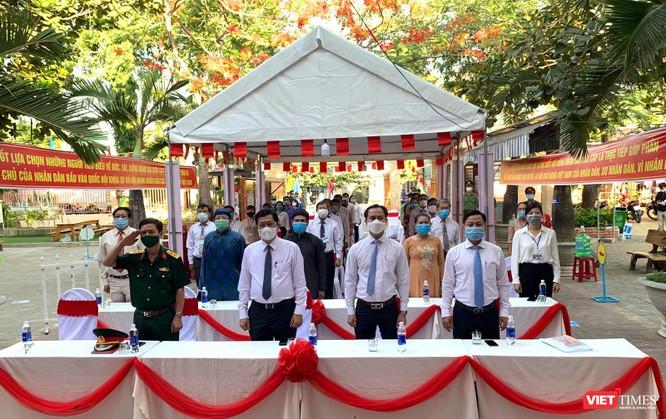 Ảnh: Cử tri toàn TP Đà Nẵng đi bầu cử đại biểu Quốc hội và HĐND TP ảnh 3