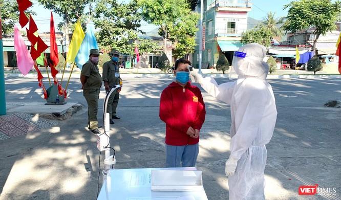 Ảnh: Cử tri toàn TP Đà Nẵng đi bầu cử đại biểu Quốc hội và HĐND TP ảnh 5