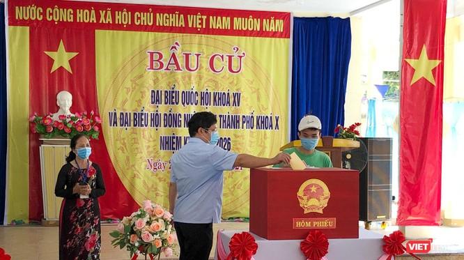 Ảnh: Cử tri toàn TP Đà Nẵng đi bầu cử đại biểu Quốc hội và HĐND TP ảnh 12