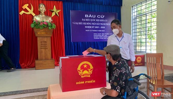 Ảnh: Cử tri toàn TP Đà Nẵng đi bầu cử đại biểu Quốc hội và HĐND TP ảnh 14