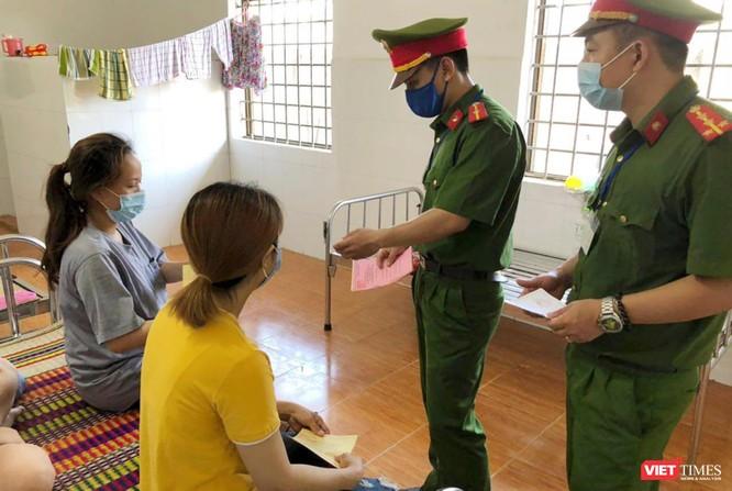 Ảnh: Cử tri toàn TP Đà Nẵng đi bầu cử đại biểu Quốc hội và HĐND TP ảnh 19