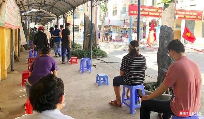 Ảnh: Cử tri toàn TP Đà Nẵng đi bầu cử đại biểu Quốc hội và HĐND TP ảnh 8