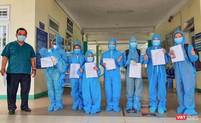 Bệnh nhi 6 tháng tuổi mắc COVID-19 ở Đà Nẵng đã xuất viện ảnh 1