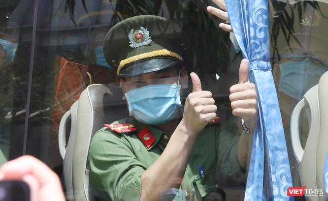 Đoàn bác sĩ Bệnh viện 199 Đà Nẵng lên đường chi viện cho TP. HCM chống dịch COVID-19 ảnh 6