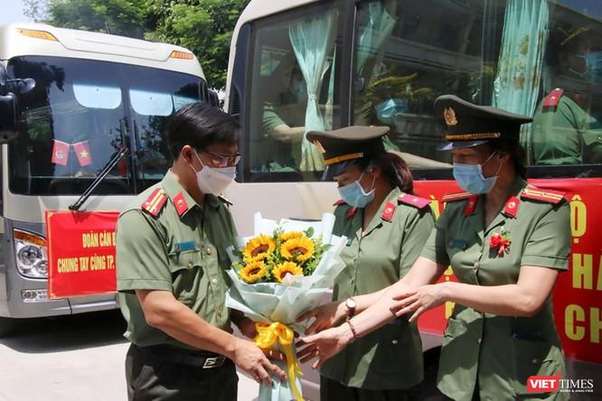 Đoàn bác sĩ Bệnh viện 199 Đà Nẵng lên đường chi viện cho TP. HCM chống dịch COVID-19 ảnh 4