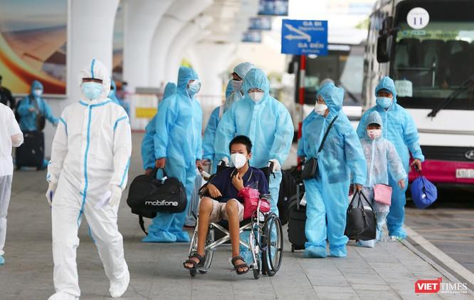 Ảnh: Đà Nẵng đón người dân từ TP HCM về nhà ảnh 25