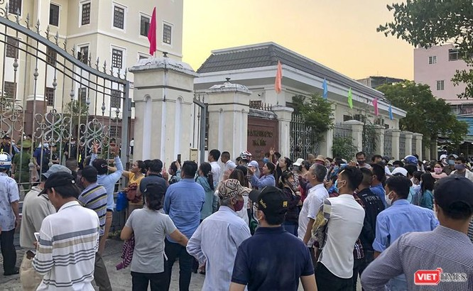 """Thi hành án """"Vụ bẻ kèo môi giới BĐS"""" ở Quảng Nam: Có dấu hiệu hình sự nếu giữ tiền trái mục đích! ảnh 3"""