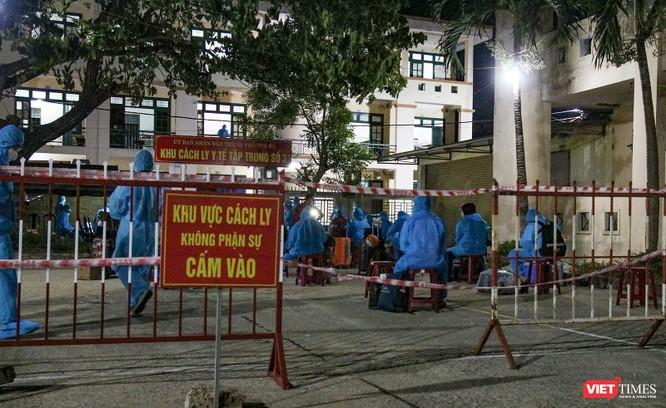 Đoàn xe chở công dân Quảng Nam từ TP HCM trở về quê an toàn ảnh 7