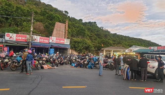 Ảnh: Hàng trăm người miền Trung rời TP HCM bằng xe máy ảnh 5