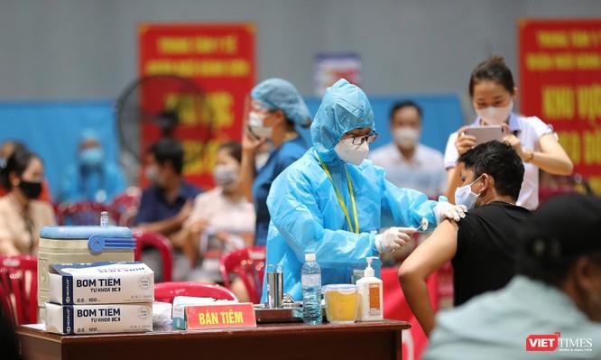 Ảnh: Đà Nẵng ngày đầu tiêm vaccine COVID-19 Spikevax trong cộng đồng ảnh 19