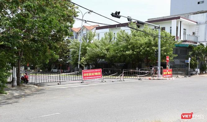 Ảnh: Cận cảnh chốt kiểm soát 5 phường trên địa bàn quận Sơn Trà (Đà Nẵng) ảnh 27