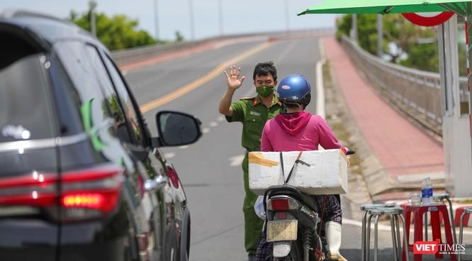 Ảnh: Cận cảnh chốt kiểm soát 5 phường trên địa bàn quận Sơn Trà (Đà Nẵng) ảnh 31