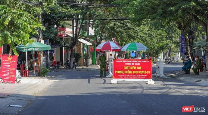 Ảnh: Đường phố Đà Nẵng ra sao sau 10 ngày giãn cách xã hội! ảnh 24