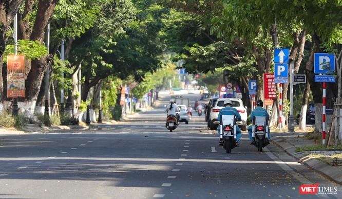 Ảnh: Đường phố Đà Nẵng ra sao sau 10 ngày giãn cách xã hội! ảnh 3