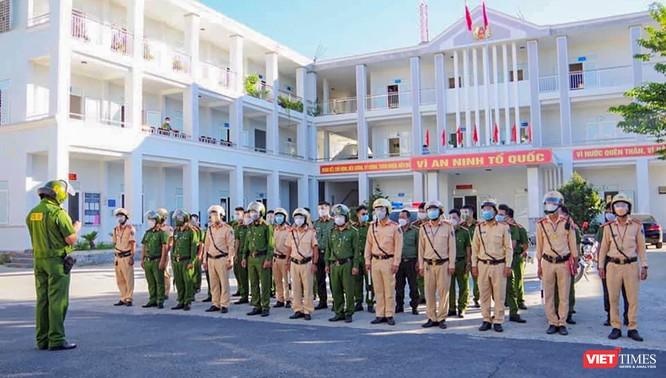 Hơn 200 tổ tuần tra kiểm soát việc 'ai ở đâu ở đó' của công an Đà Nẵng chính thức hoạt động ảnh 1
