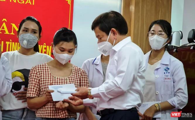 Thêm đoàn y bác sĩ Quảng Ngãi vào hỗ trợ TP HCM chống dịch COVID-19 ảnh 1