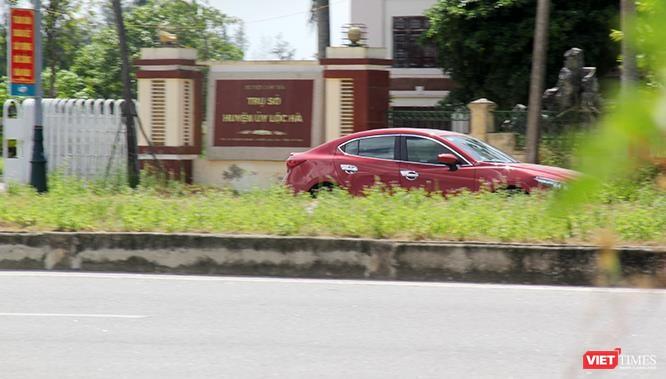 """Hoảng sợ nhìn cách chạy xe """"không giống ai"""" ở huyện Lộc Hà (Hà Tĩnh) ảnh 13"""