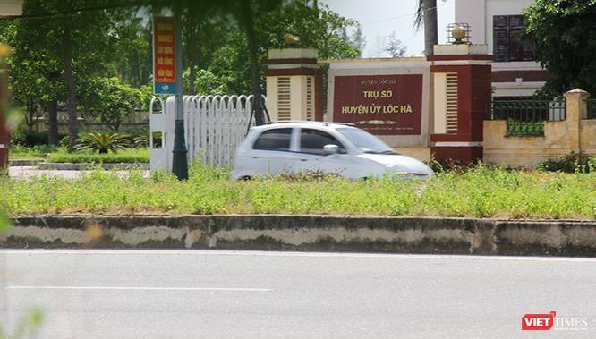 """Hoảng sợ nhìn cách chạy xe """"không giống ai"""" ở huyện Lộc Hà (Hà Tĩnh) ảnh 17"""