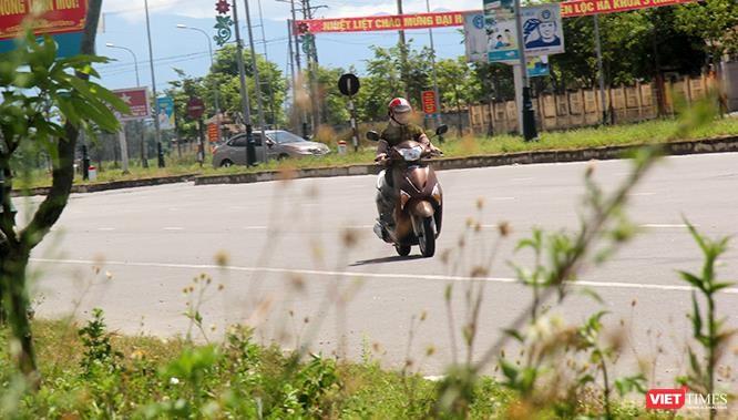 """Hoảng sợ nhìn cách chạy xe """"không giống ai"""" ở huyện Lộc Hà (Hà Tĩnh) ảnh 20"""
