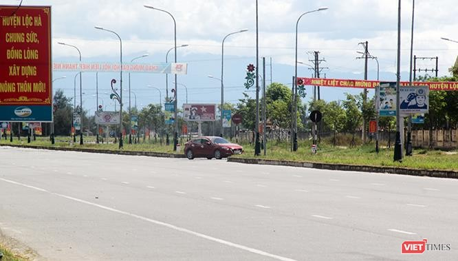 """Hoảng sợ nhìn cách chạy xe """"không giống ai"""" ở huyện Lộc Hà (Hà Tĩnh) ảnh 25"""
